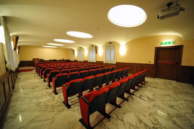 Gli italiani e la PEC: un amore possibile?